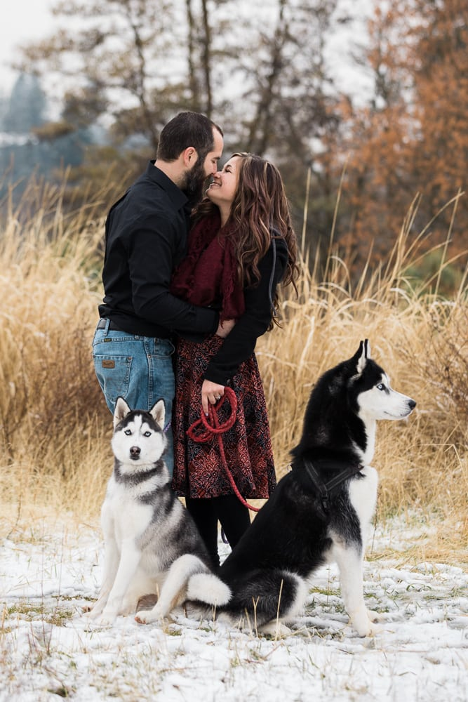 engagement photos during winter on Spokane river