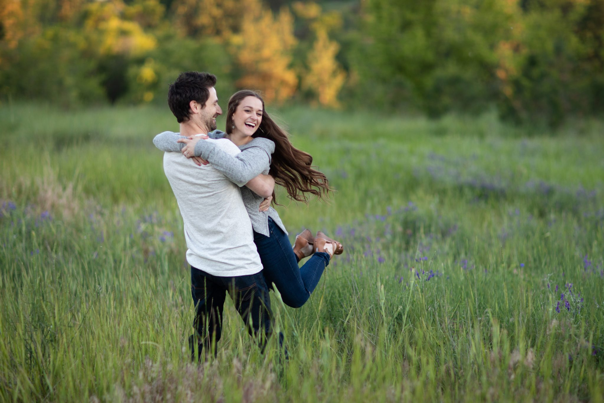 Engagement photographer Spokane WA